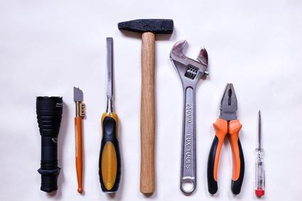 Tag der Arbeit - legen Sie ihre Werkzeuge beiseite.